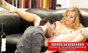 Donne si Masturbano al Telefono Erotico899319916